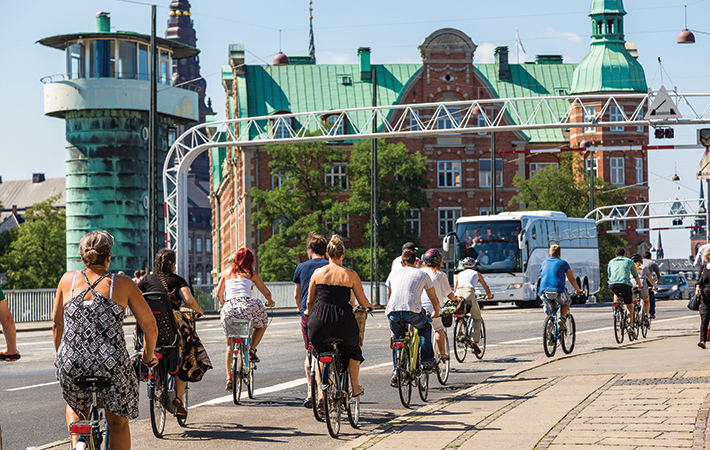 Commuters on a cycling superhighway in Copenhagen