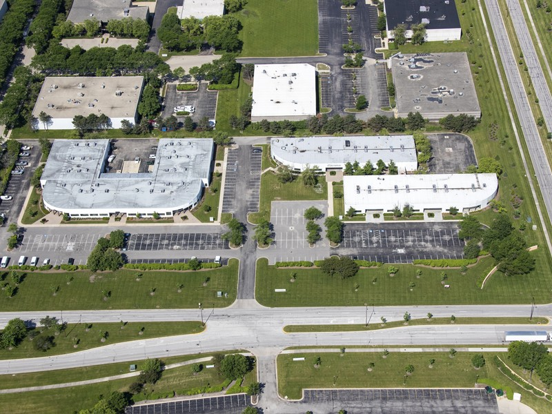 recapitalization of a 15-building multi-use logistics portfolio in Chicago
